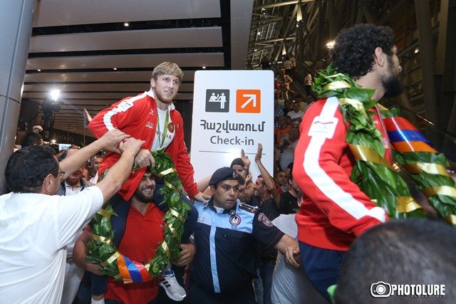 Armenian Champions Return from Rio